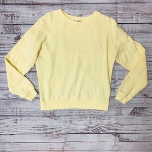 American Eagle yellow crewneck sweatshirt!